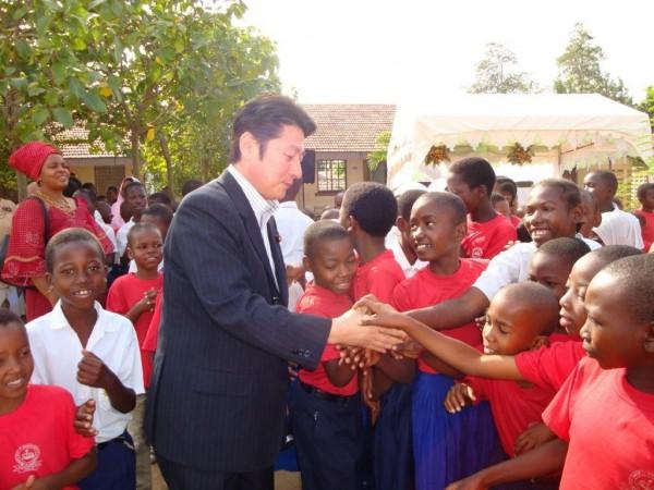 36 アフリカタンザニア小学校視察