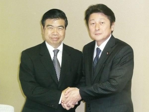 ミャンマー大使と共に - コピー